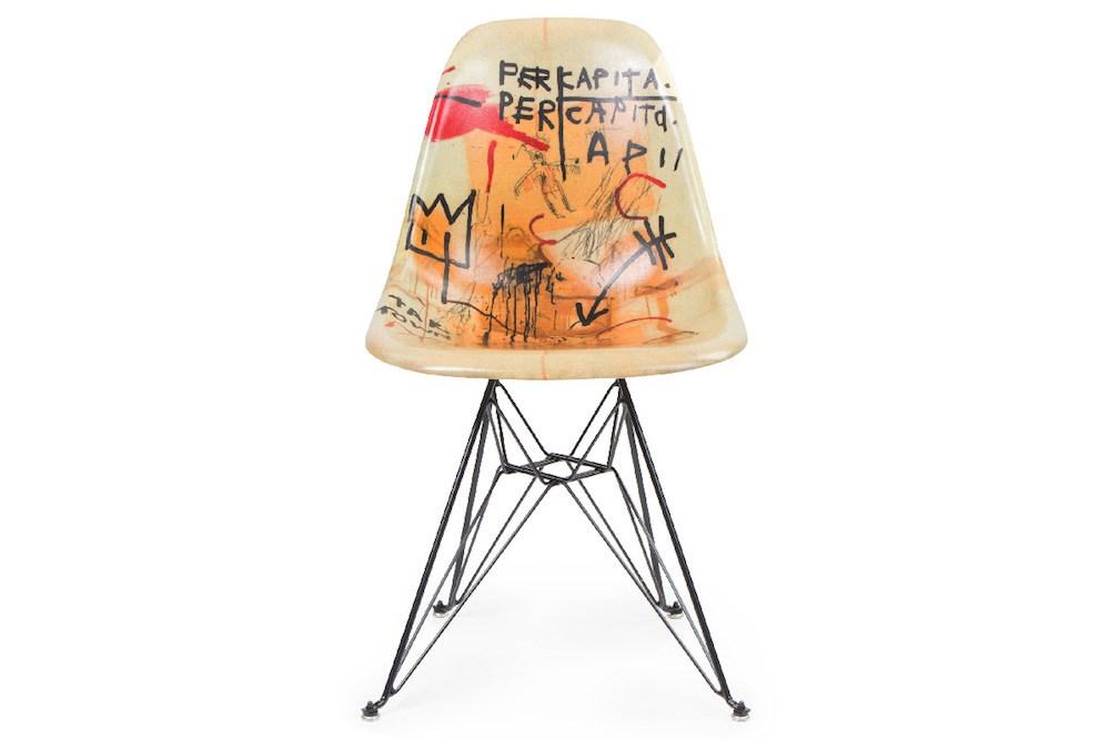 La sedia è il soggetto