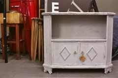 console shabby chic