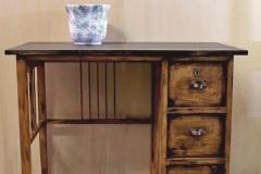 scrivania invecchiata